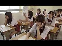 Japanese time stop เด็กนักเรียนสาวหน้าตาน่ารักโดนไอ้หื่นใช้นาฬิกาหยุดเวลาขืนใจกลางห้องเรียน