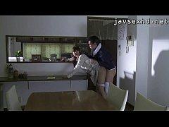 หนังโป๊Japanese เต็มเรื่อง ตาลุงขี้หื่นแอบย่องเข้าบ้านสาวตอนแฟนไม่อยู่ แล้วขืนใจจับเย็ดคาห้อง