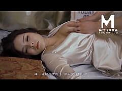 หนังโป๊JAV สาวใหญ่ทำงานร้านอาหารขาวโบ๊ะเมากับห้องไม่ไหว ก่อนโดนหนุ่มน้อยลากเข้ามากินตับในห้อง ลีลาโครตเด็ดเลย